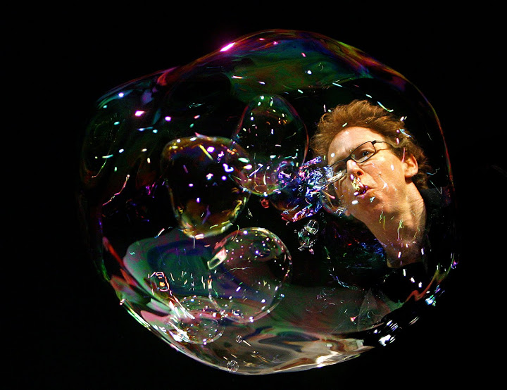 'The Amazing Bubble Man'